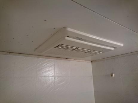 浴室暖房乾燥機の写真1